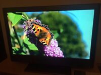 Sony Bravia 37'' HD LCD - Freeview, 2 HDMI ports
