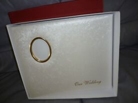 beautiful brand new satin white boxed wedding photo album,fifty white pages,fits over 200 photos