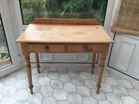 Small pine table/desk