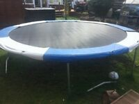 14 FOOT TRAMPOLINE VERY GOOD CONDITION DUNDEE