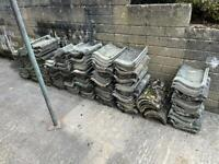Approx 1000 Concrete Roof Tiles