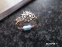 BEAUTIFUL 9CT GOLD 0.33 CT DIAMOND RING