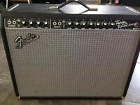 Twin Reverb 3 year old Fender..studio use only.