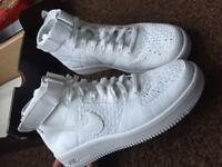 *NIKE AIR FORCE 1 MID ULTRA FLYKNIT*