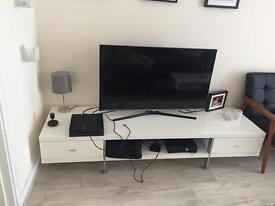 White gloss TV cabinet