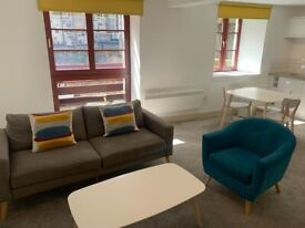 2 bedroom apartment in stylish warehouse conversion