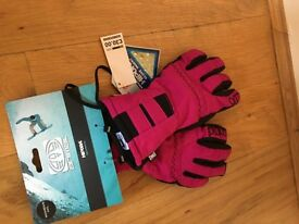New Pink and Black Women's Ski Gloves