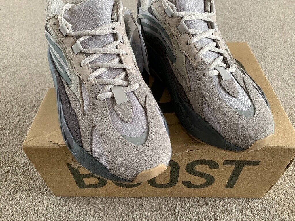 720eb15b New Dead Stock Yeezy Boost 700 V2 Tephra | in Nottingham ...