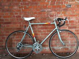 VINTAGE PEUGEOT ROAD RACING BIKE IDEAL STUDENT COMMUTER COURIER BICYCLE