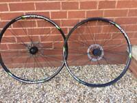 Wheel set 700 road/cx disc vgc