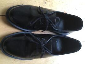 Dr Marten size 5 shoes