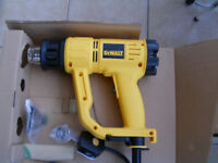 DEWALT HOT AIR HEAT GUN MODEL D26411-GB, BOXED , 'AS NEW' WITH INSTRUCTIONS