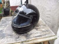 SHOEI BIKER HELMET EXCELLENT CON SIZE SMALL PLUS OTHER BIKER GEAR
