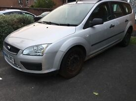 Ford Focus lx 1.6 petrol manual 10 months mot serviced 2 keys 1 owner from new bargain!!!!
