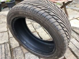 Almost New 225 45 17 XL Tyre in very good condition