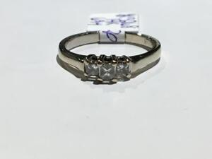 #3268 14K WHITE GOLD LADIES ENGAGEMENT RING *SIZE 6 3/4* JUST BACK FROM APPRAISAL AT $1675.00 SELLING FOR $565.00