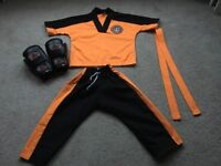 Little Tigers Taekwon-do outfit with gloves - excellent condition age 3-5