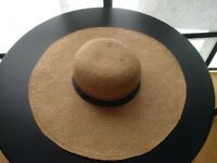 VINTAGE Large Brimmed Hat, Chic & On-trend, Excellent Condition and Made in Italy