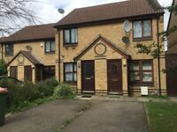 Lovely 2- bedroom House in Plaistow area e13