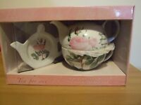 Rosa tea for one set - collectable - floral rose - teapot, cup & tea bag tidy