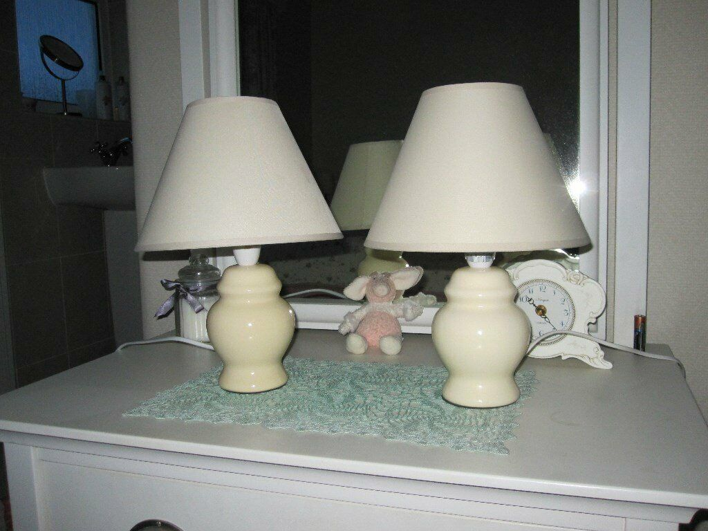 Small Cream Ceramic Bedside Table Lamps Bed Side Light In Sale