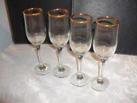 Set of 4 antique 7oz gold rimmed champagne glasses