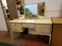 White dressing table with 3 mirrors