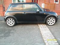 Mini One 2003 Black 12 months m.o.t