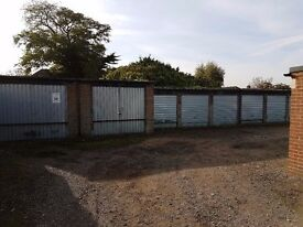 Garages to rent: Blendon Road Bexley DA5 - perfect for storage