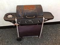Gas 4 burner BBQ £20