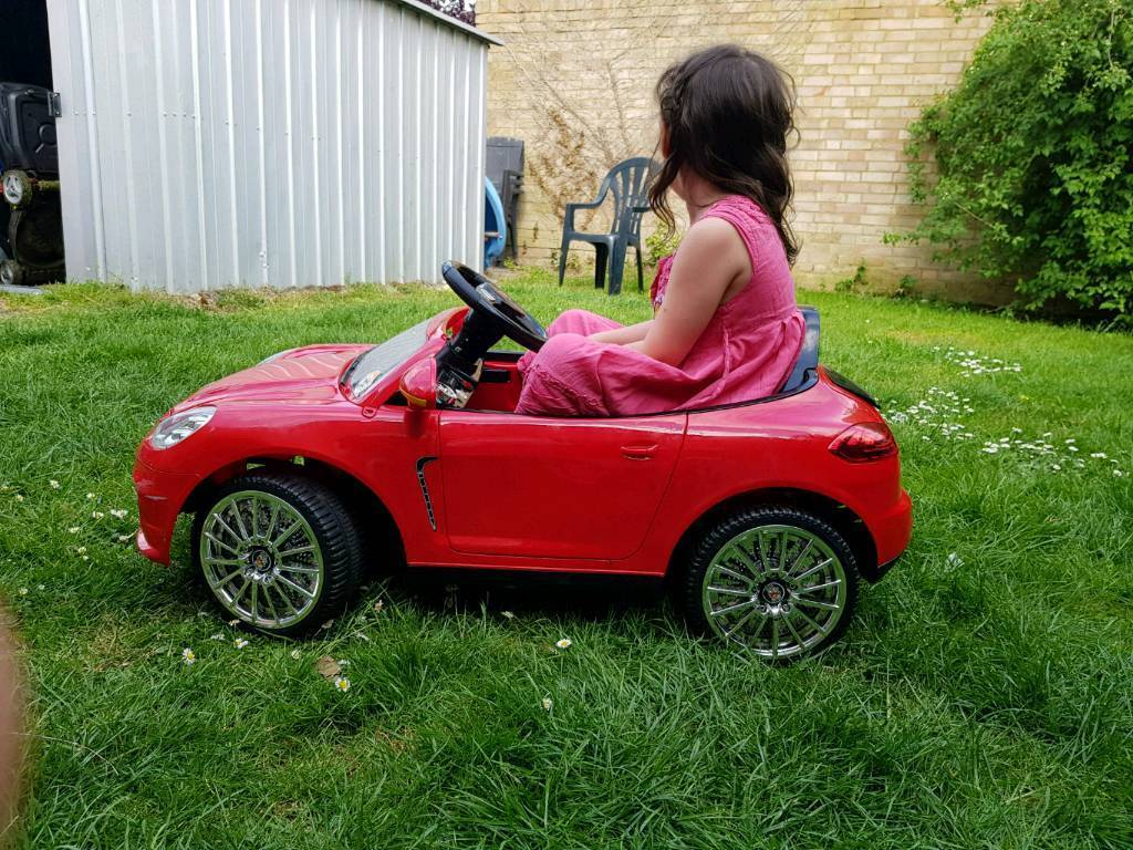 Ride in battery powered Porche