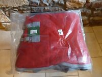 """Shires Wessex Red / Grey Waffle Horse Rug - 7' / 84"""" / 165cm"""