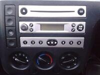Ford Fiesta 4500 car radio cd player.