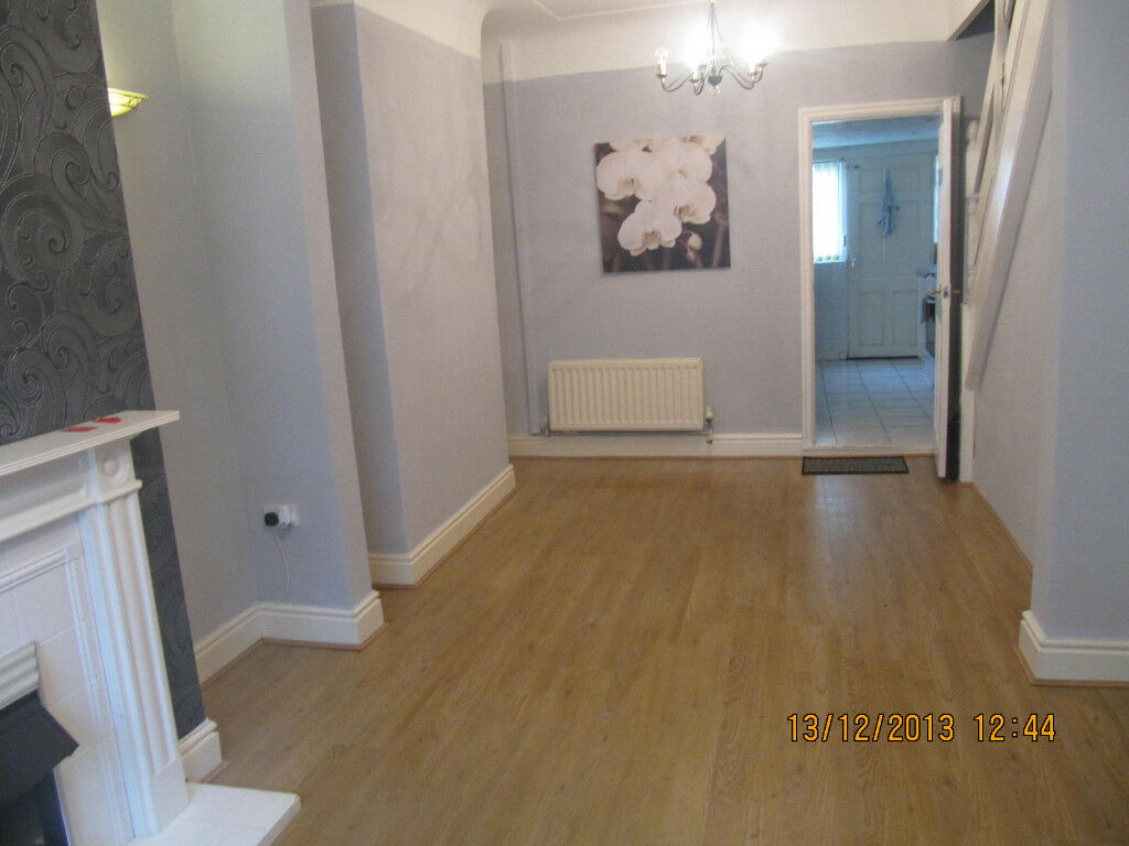 FULLY FURNISHED OR UNFURNISHED 2 BED TERRACE.. ARNOLD GROVE L15