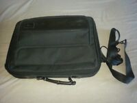 "Sumdex 15"" Laptop Case - Good Condition"