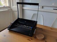 Combbind 200 binding machine and combs