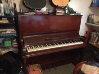 Piano - Steel frame upright Schumann