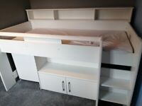 Free child's bed