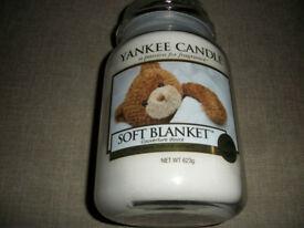 Yankee candle large jar .New Soft Blanket