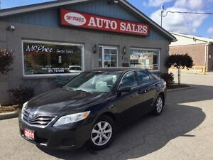 2011 Toyota Camry LE London Ontario image 1