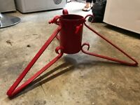 Adjustable Metal Red Tree Stand