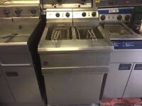 CHIPS FRYER COMMERCIAL KITCHEN SHOP RESTAURANT DOUBLE TANK CAFE CUISINE CATERING FASTFOOD TAKEAWAY