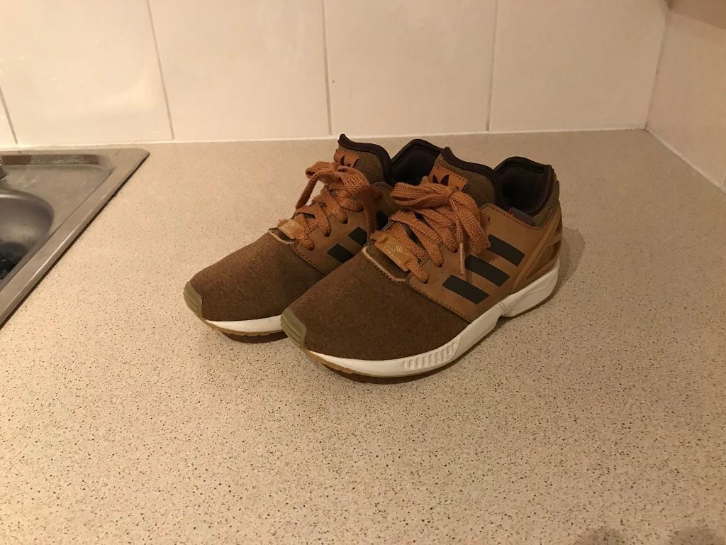 Adidas Torsion Trainers Childs Size 13.5 Used