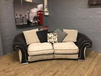 DESIGNER LARGE 3 SEAT SOFA VERY COMFY NICE CAN DELIVER MCR OR NEAR