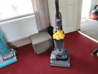 dyson dc 33 model in good working order