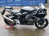 HYOSUNG gt 125 rc 500 miles from new!