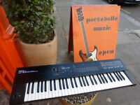 Roland D-10 Keyboard synthesizer piano