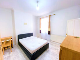 LARGE ROOMS IN HOUSER SHEARS FOR RENT NEAR TBS & LEWISHAM HOSPITAL