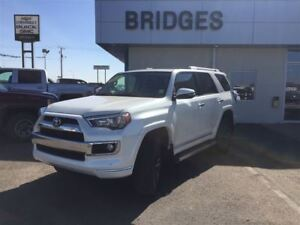 2015 Toyota 4Runner Limited**Leather/roof/Nav/Remote start**