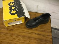 Safety shoes size8